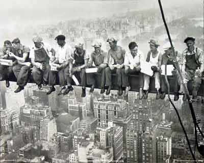 20090822162413-trabajadores-rascacielos.jpg